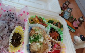 pict of lunchbox Oct