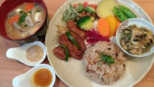 pict. of plate lunch